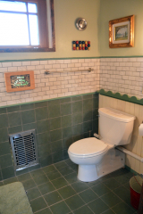<h5>Hen House Cottage bathroom</h5><p></p>