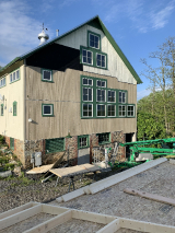 <h5>new siding for the big barn</h5><p></p>